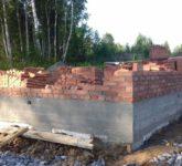 Строительство коробки дома из кирпича