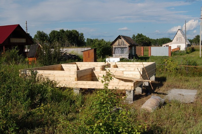 Дом и баня из бруса